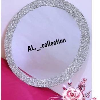Miroire décoré ou plateau miroire forme ronde dimension 45 cm's image