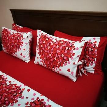 Parure de Drap de lit 2 place couleur rouge طقم فراش باللون الاحمر's image