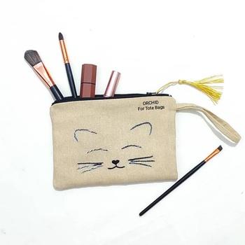 ORCHID kitten Une trousse de maquillage personnalisée's image