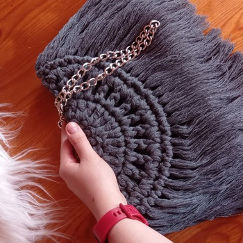 Sac en crochet 🧶 couleur grise's image