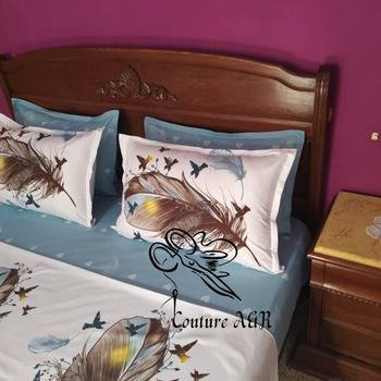 Parure de drap de 6 pièces : drap plat, drap housse,4 taies d'oreillers fait main par Couture des draps A & R couleur blanche et bleue's image