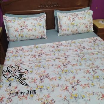 Parure de drap de 6 pièces : drap plat, drap housse,4 taies d'oreillers fait main par Couture des draps A & R couleur blanche mélangée avec du bleue's image