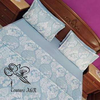 Parure de drap de 6 pièces : drap plat, drap housse,4 taies d'oreillers fait main par Couture des draps A & R couleur bleue's image