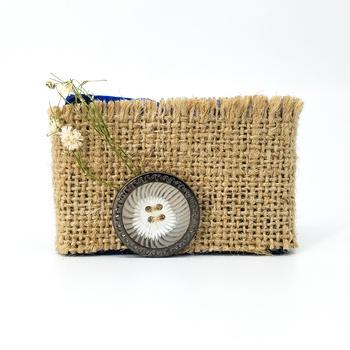 Savon indigo artisanal naturel bio fait main par Magnolia pearl, handmade indigo soap, savon nila zar9a,  صابون طبيعي بالنيلة الزرقاء صناعة حرفية يدوية's image