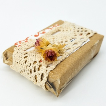 Savon artisanal naturel bio aux carottes fait main par Magnolia pearl, handmade soap, صابون طبيعي بالجزر صناعة حرفية يدوية's image