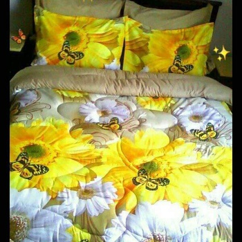 Couette 2 place, 6 pièces , 4 coussin , drap housse et la couette avec lawatte de qualité fait main couleur jaune's image