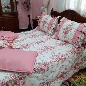 Parue de deux place de qualité (Draps plat, Draps house, 4 taies, 1petit cousin) couleur blanche et rose's image