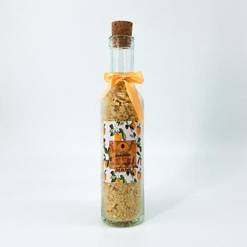 Sel de bain floral relaxant purifiant à base naturelle de poudre d'orange séchée bio, fait main par Sabonna, ملح الاستحمام الطبيعي للاسترخاء يحتوي على البرتقال المجفف طبيعيا صناعة حرفية يدوية's image